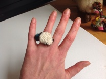 It's a woolly twist on the Claddagh ring.